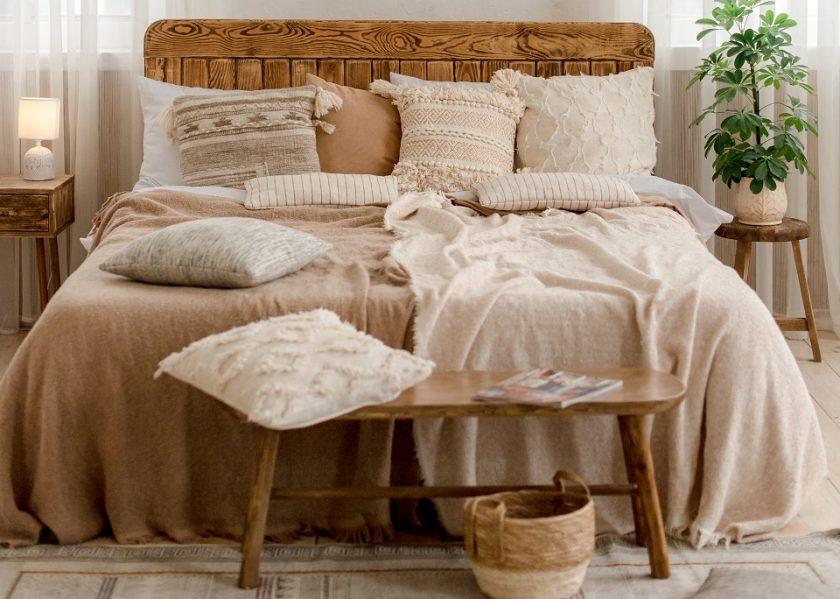 Un grand lit