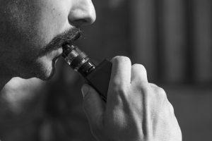 Faut-il adopter ou se méfier de la cigarette électronique ?